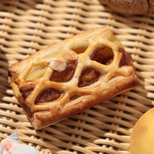 キャラメルりんごとおいものパイ.jpg