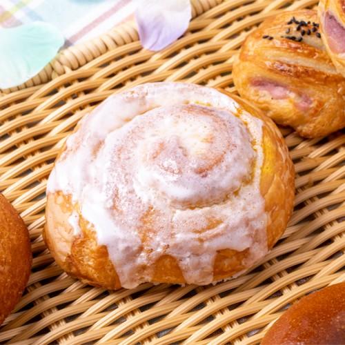 レモンケーキロールパン.jpg